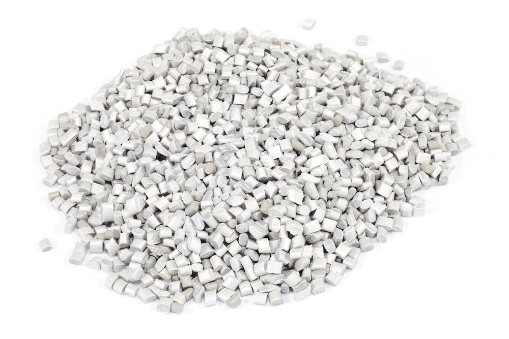 28 新規に開発した透明樹脂の用途開拓